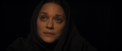 The Immigrant_Cotillard_confesionario_3